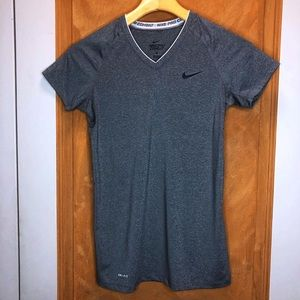 Nike Pro Grey Fitted Shirt Size Small